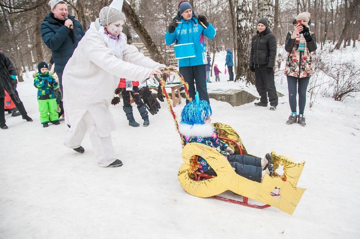 Фестиваль креативных детских саней «Battle Саночки» 2019